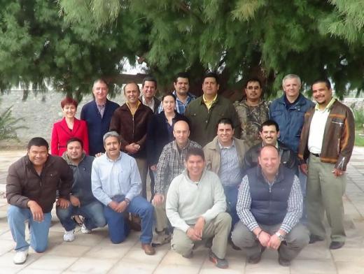Termas de San Joaquín, Coahuila, México Noviembre 2012 Liderazgo Claro